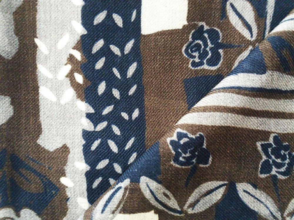Sciarpa lana stampa floreale marrone1